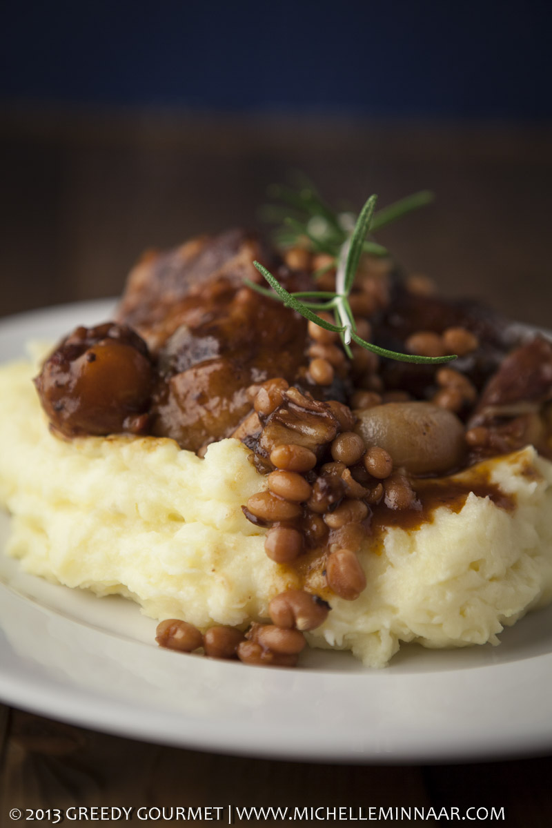 Oxtail and beans braised in red wine