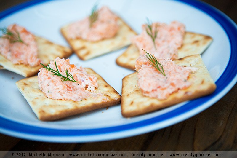 Smoked Salmon Pâté on Crackers Platter