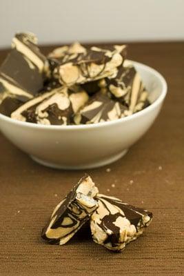 White & Dark Chocolate Peanut Butter Chunks