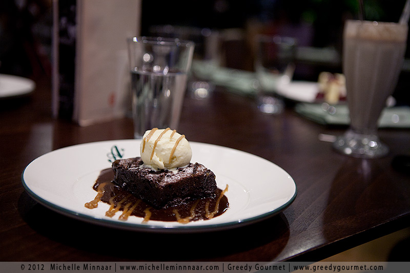 Bourbon Raisin & Chocolate Brownie with Ice Cream