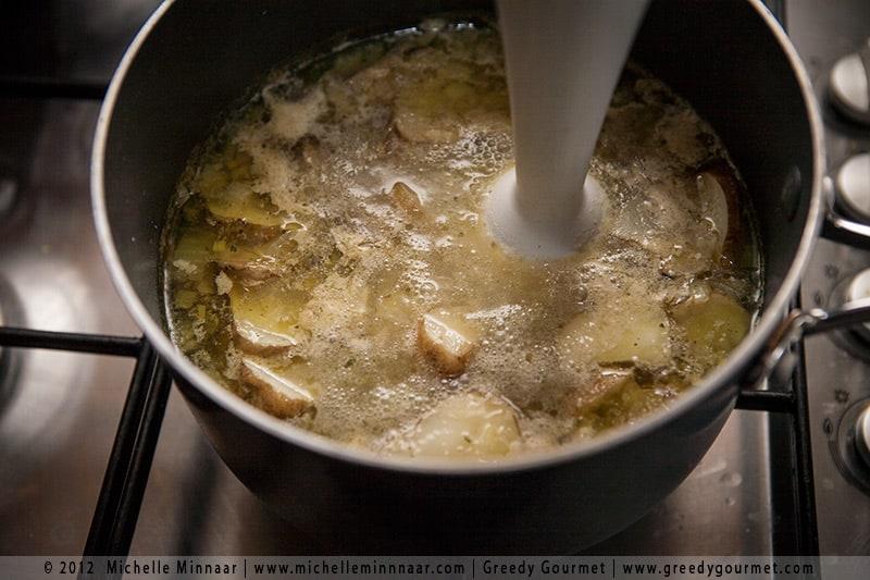 Blend Jerusalem Artichoke Soup