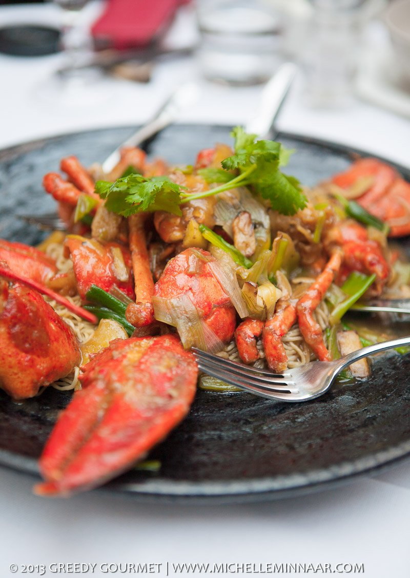 CANTON STYLE LOBSTER NOODLES