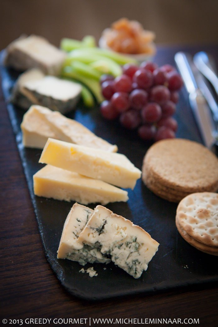 Cheeseboard with quince chutney and oatcakes