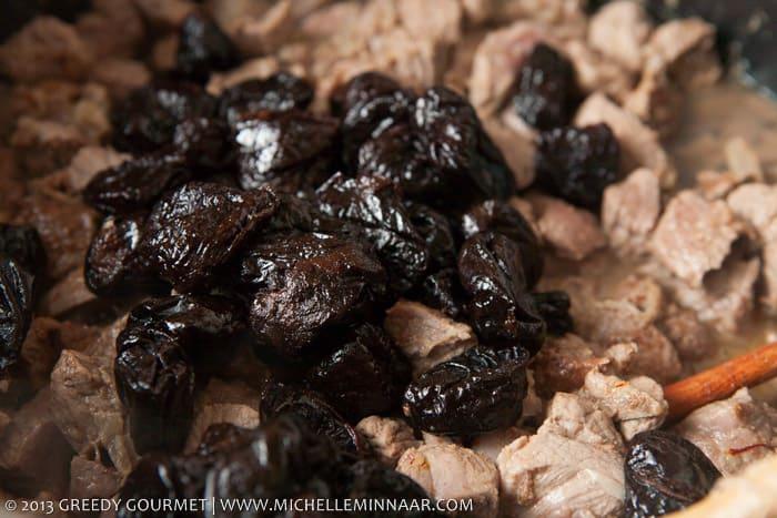 Prunes for lamb tagine