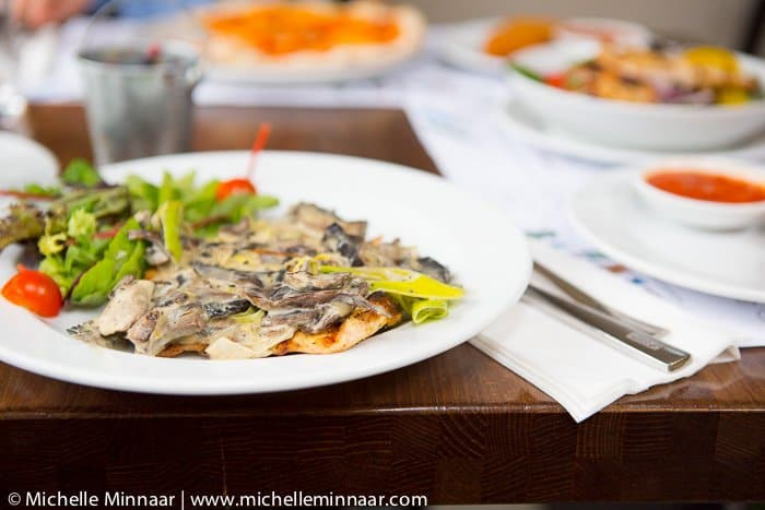 Chicken Breast with Mushrooms and Gorgonzola