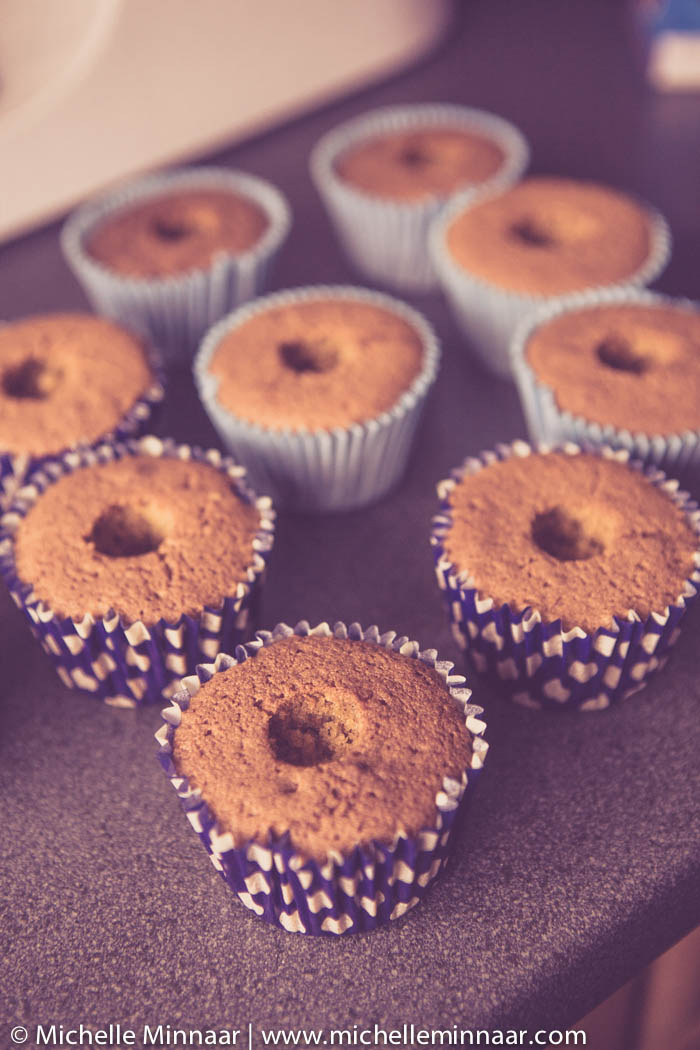 Hulled cupcakes