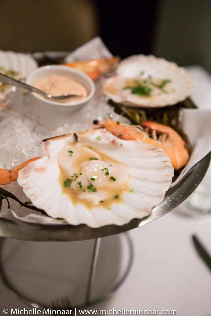 Raw shellfish starter