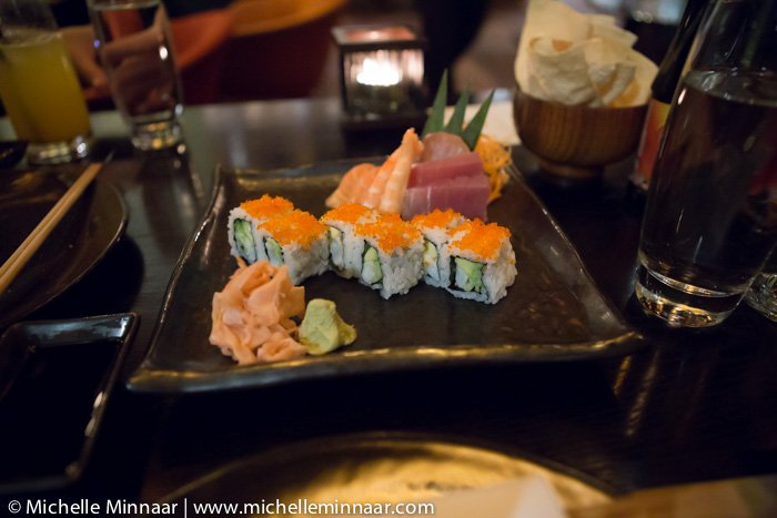 10 assorted sushi pieces