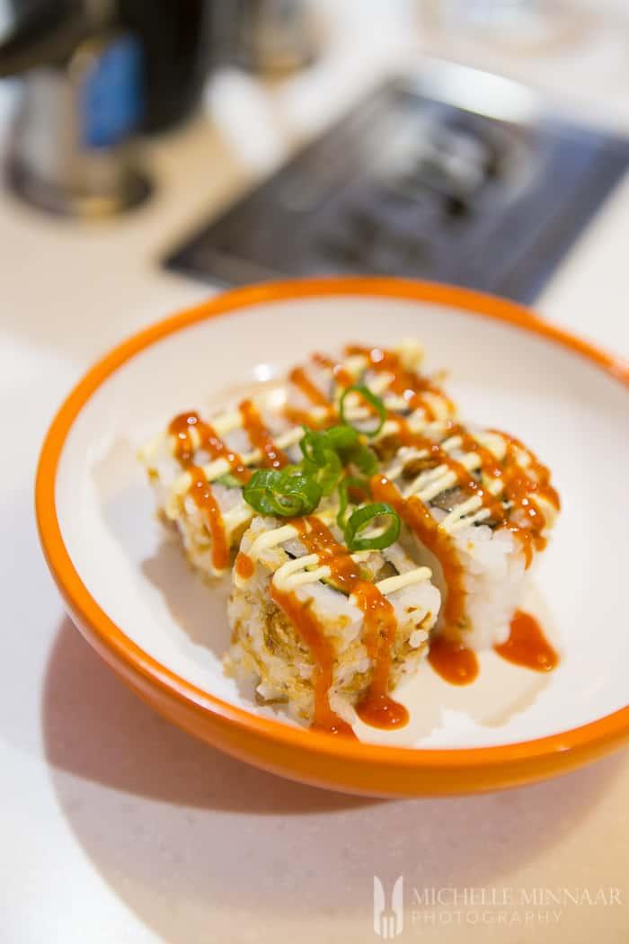 Salmon & Avocado Nori Roll