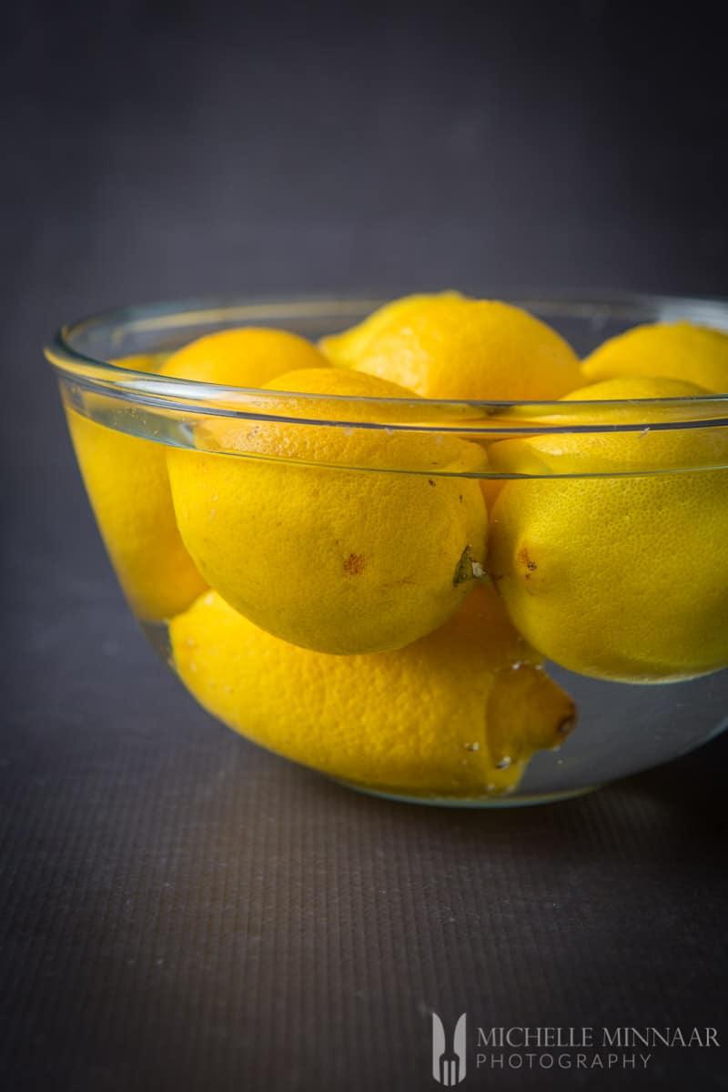 Lemons Soaking