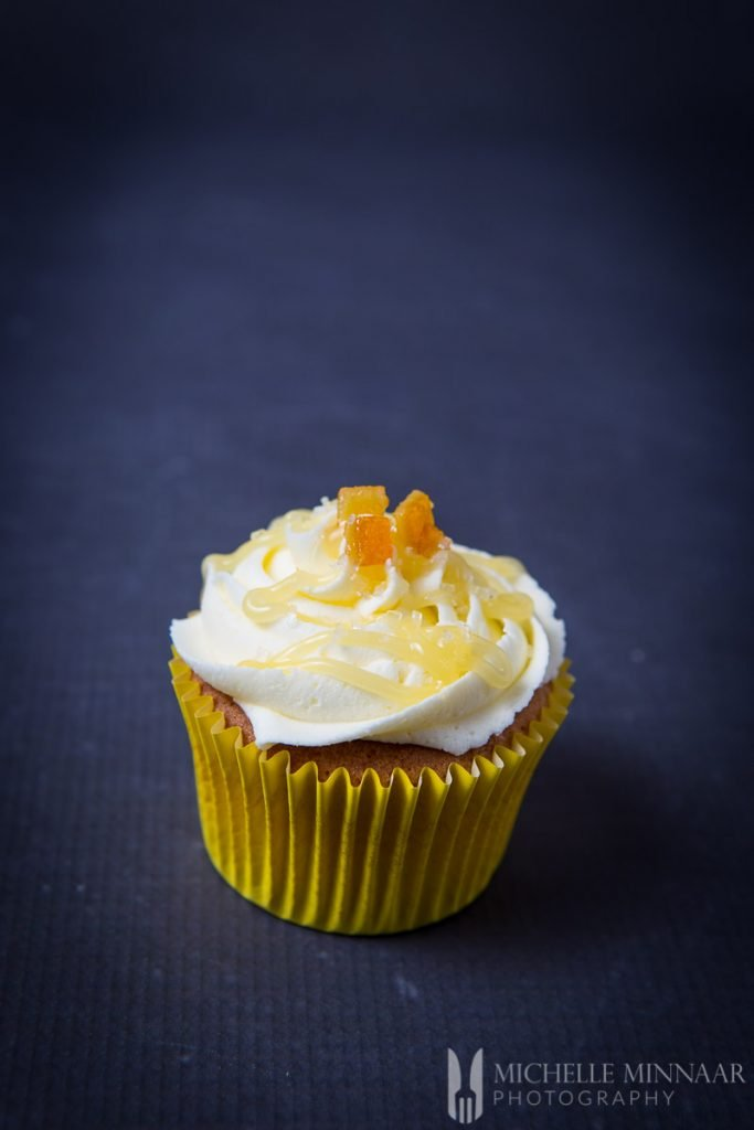 Lemon Curd Cupcakes Drizzled