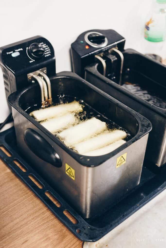 Spring Rolls Deep Frying