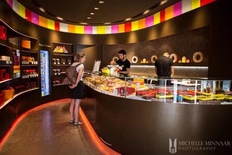 Colourful Macaron Shop