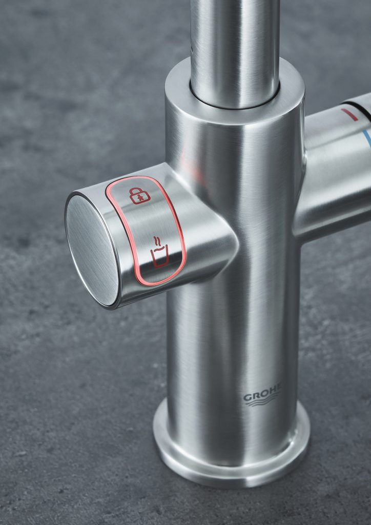 GROHE Red metal pole