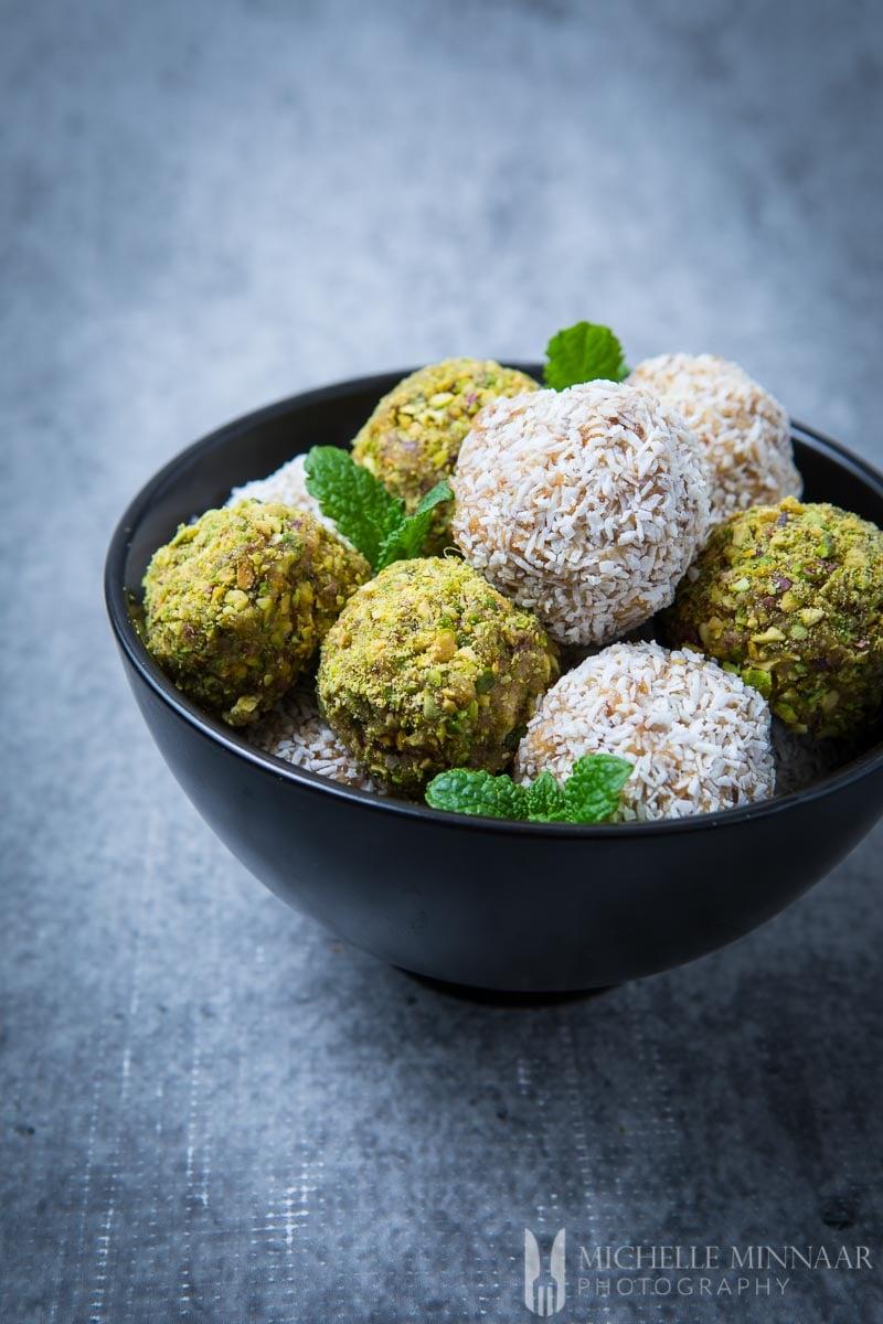 Coconut Pistachio Dateballs