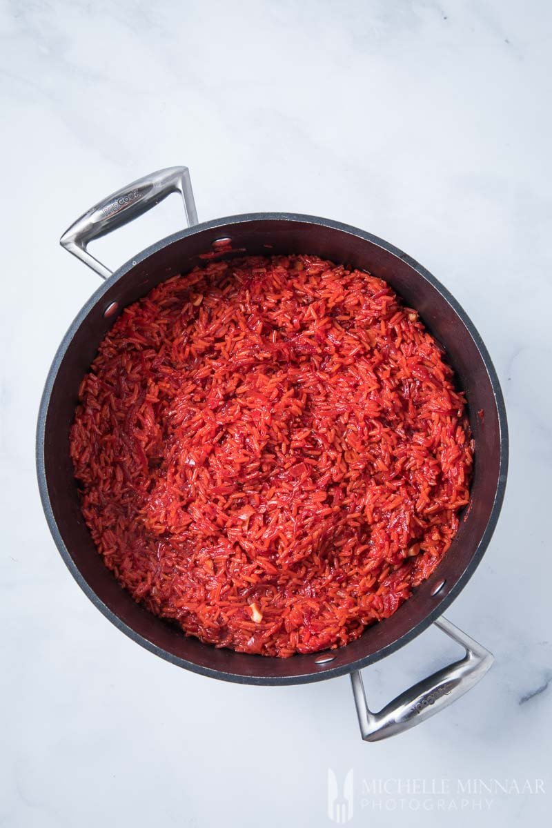 Rice in Pot Beetroot