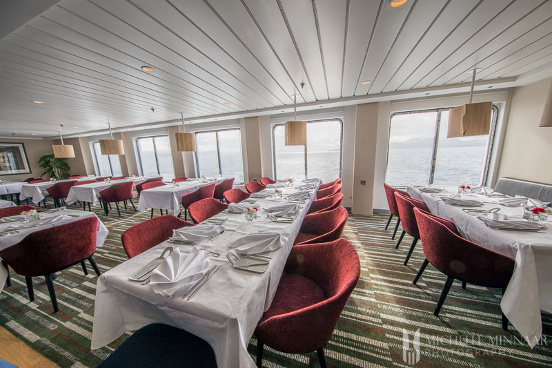 The dining room of the hurtigruten