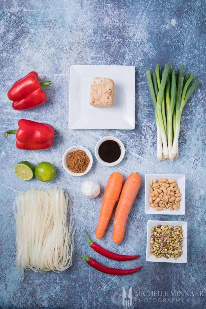 Ingredients to make Vegan Pad Thai