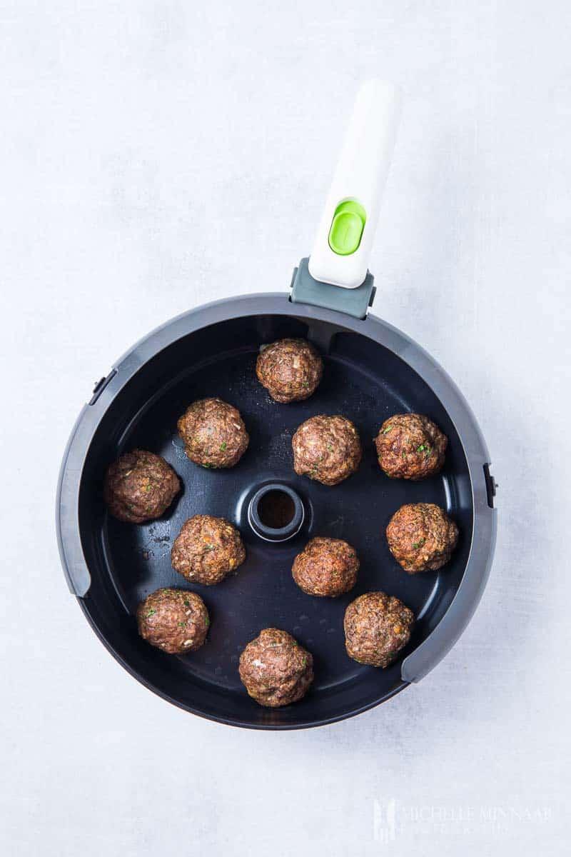 Browned meatballs in the air fryer