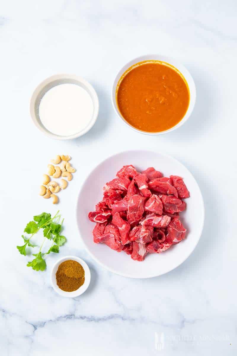 Ingredients to make beef korma