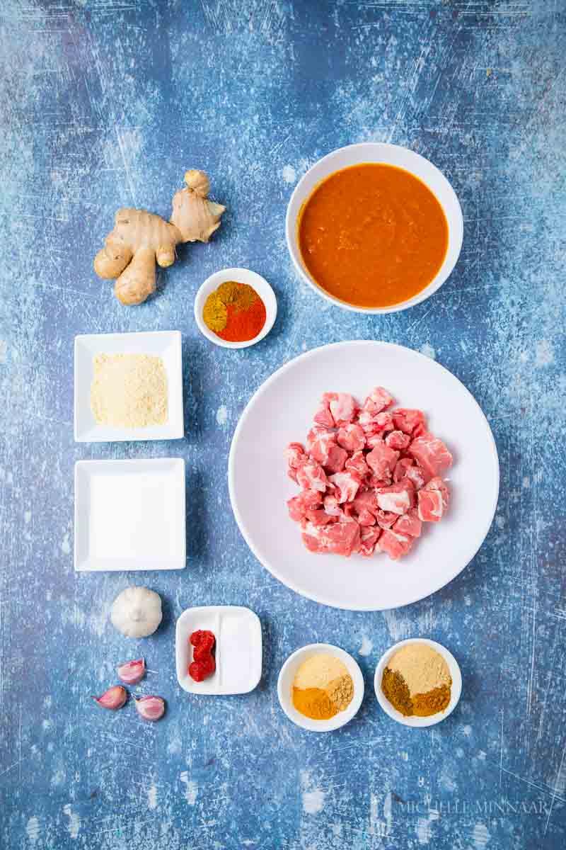 Ingredients to make lamb tikka masala