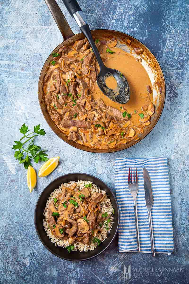 A bowl of brown slimming world beef stroganoff
