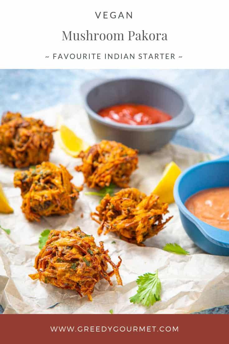 Fried balls of mushroom pakora and pakora sauce