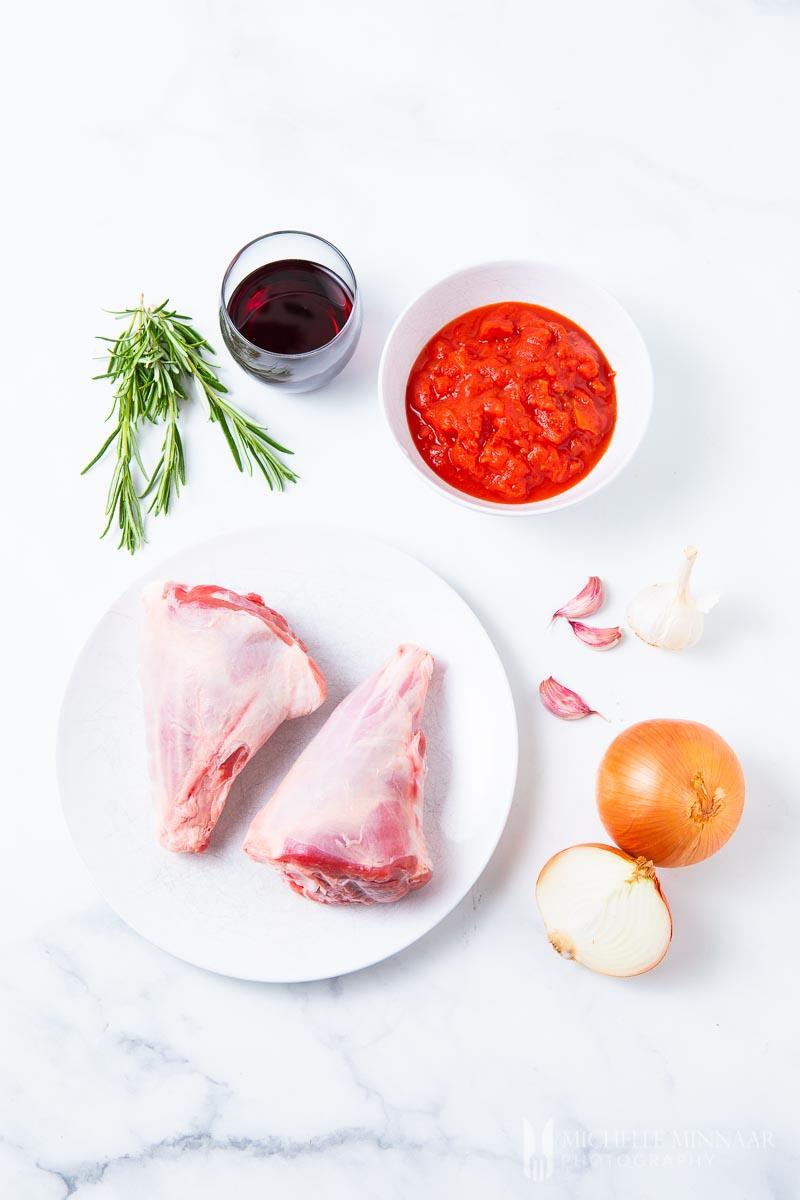 Ingredients to make slow cooker lamb shanks