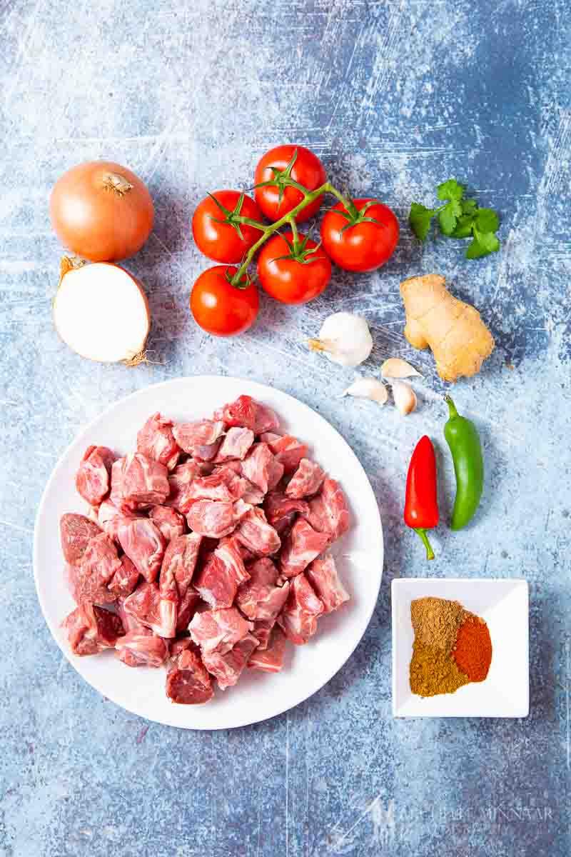 Ingredients to make lamb karahi