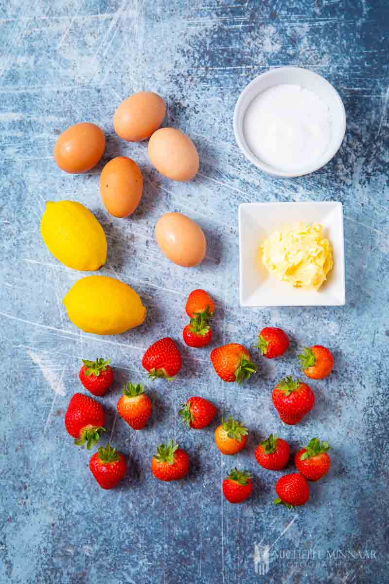 Ingredients to make strawberry curd
