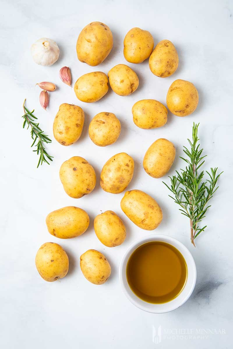 Ingredients to make confit potatoes