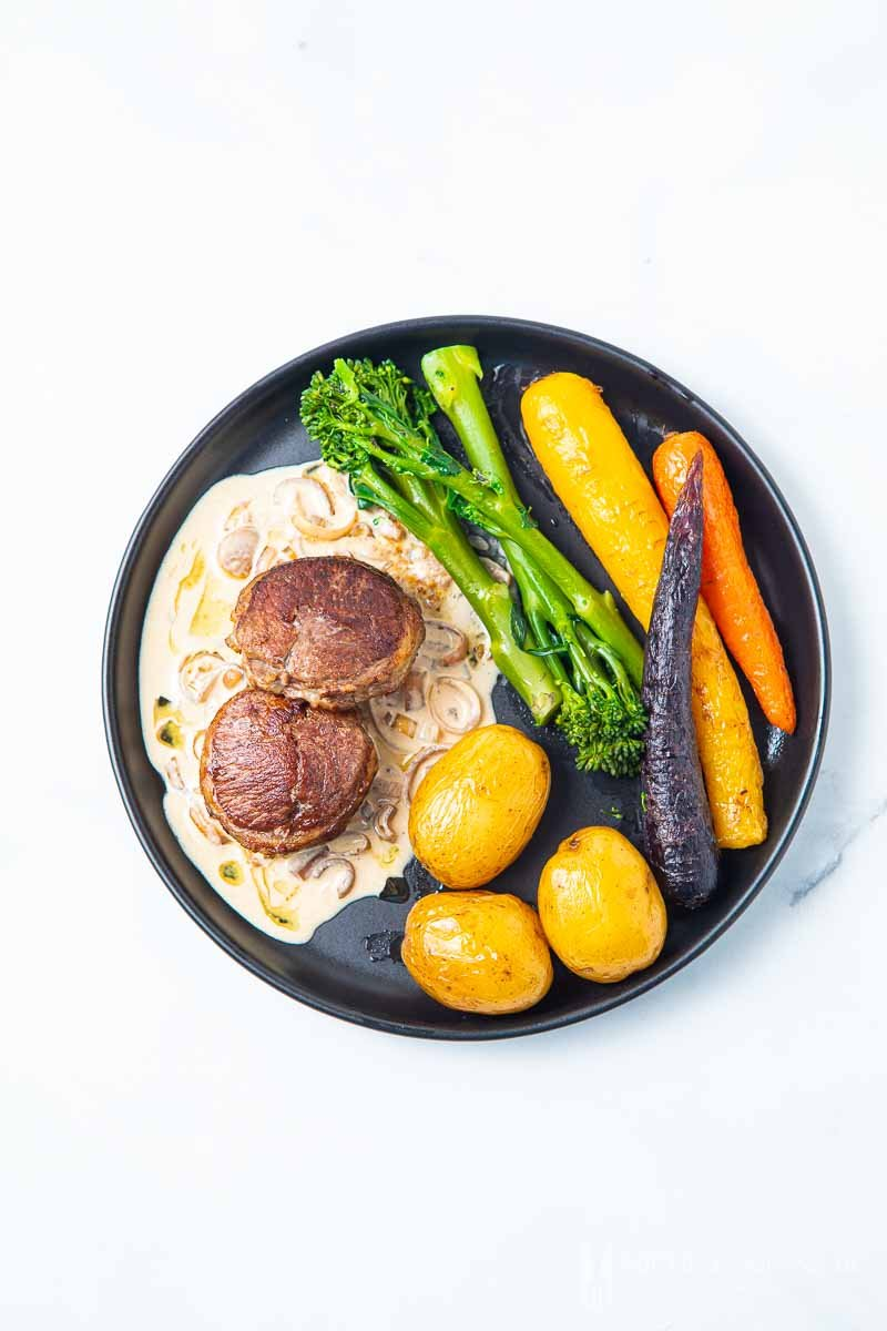 Plate of Lamb noisettes