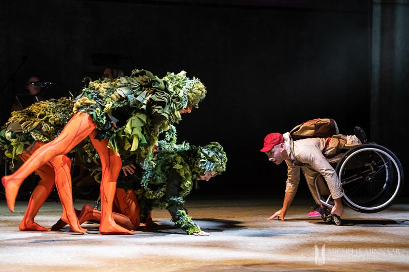 Performers on the stage of the lost thing