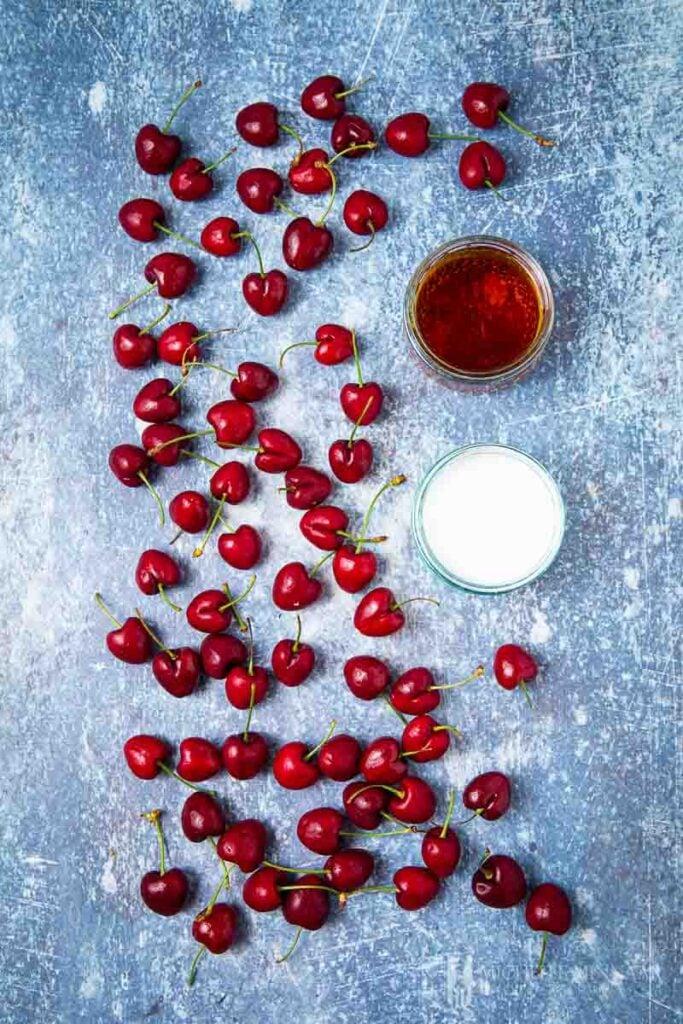 Ingredients to make amaretto cherries