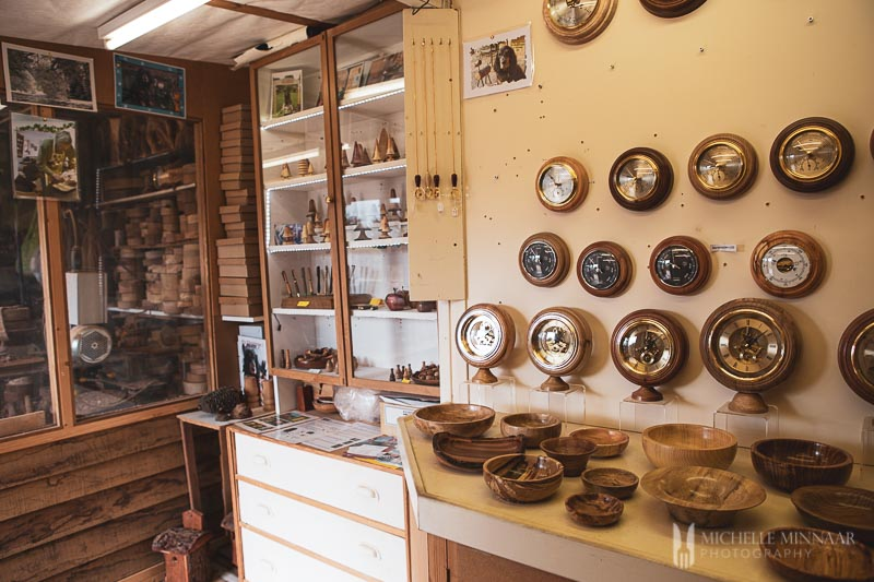 Clocks and bowls in a store