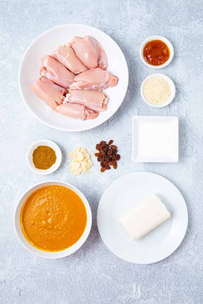 Ingredients to make chicken pasanda