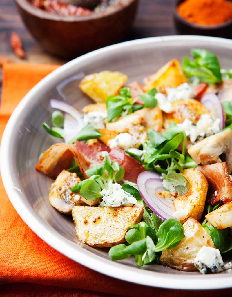 green salad with potatoes